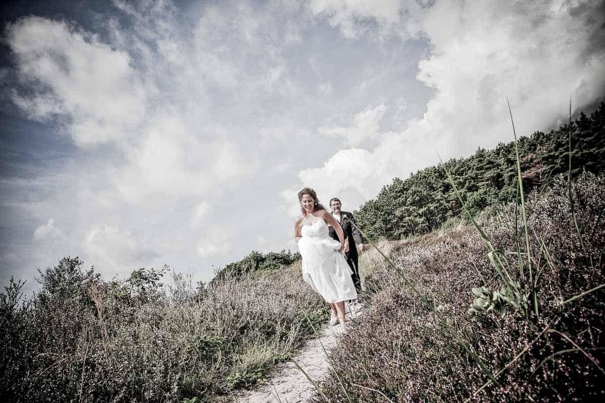 bruden og brudekjolen