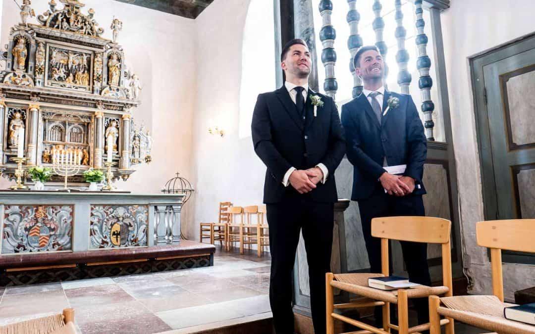 Bryllup i Kirken på Norsk