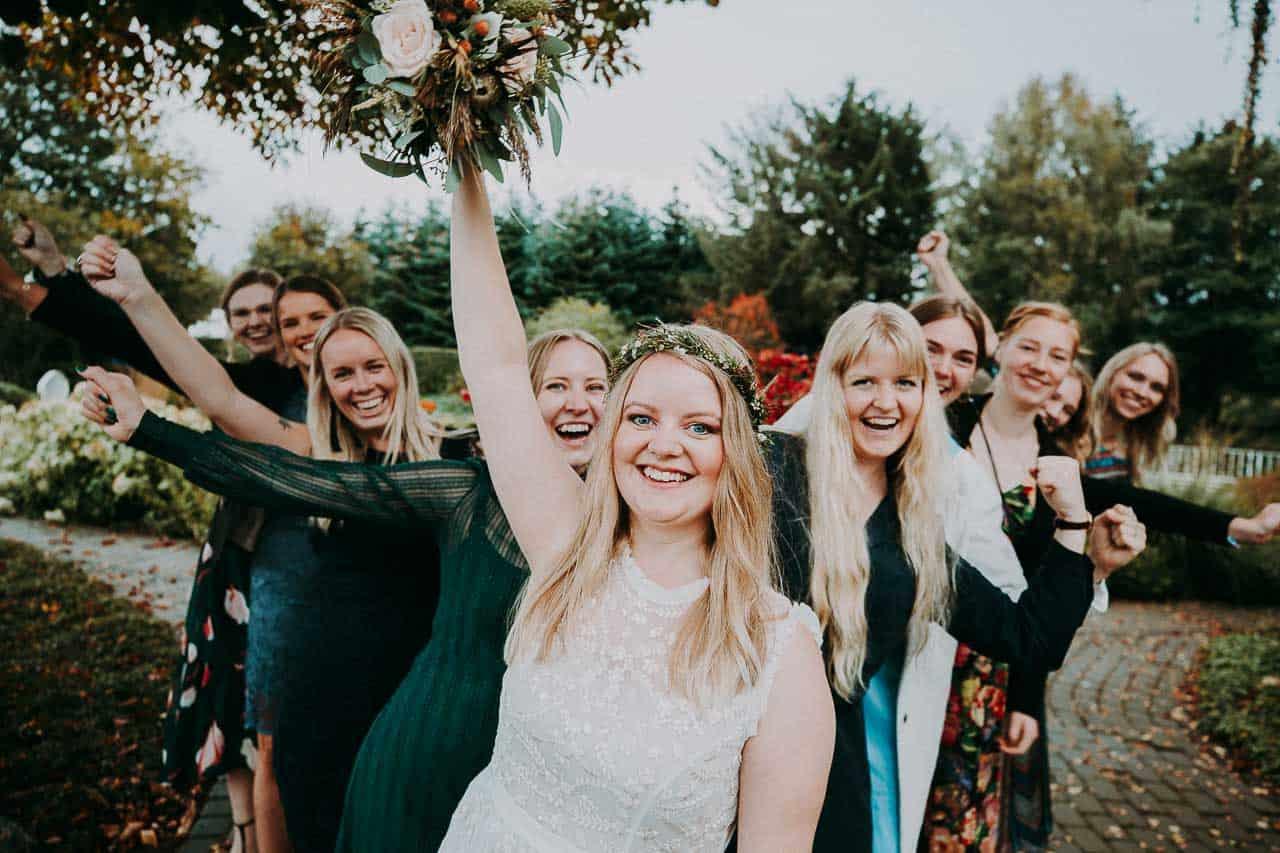 Sådan finder du den bedste bryllupsfotograf