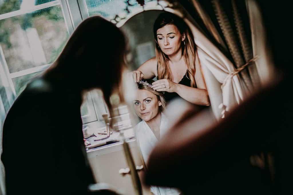 brudens forberedelser på Kokkedal Slot