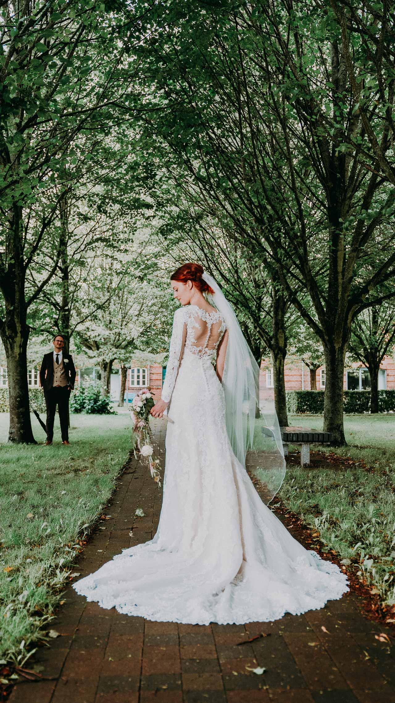 brudekjoler med ærmer