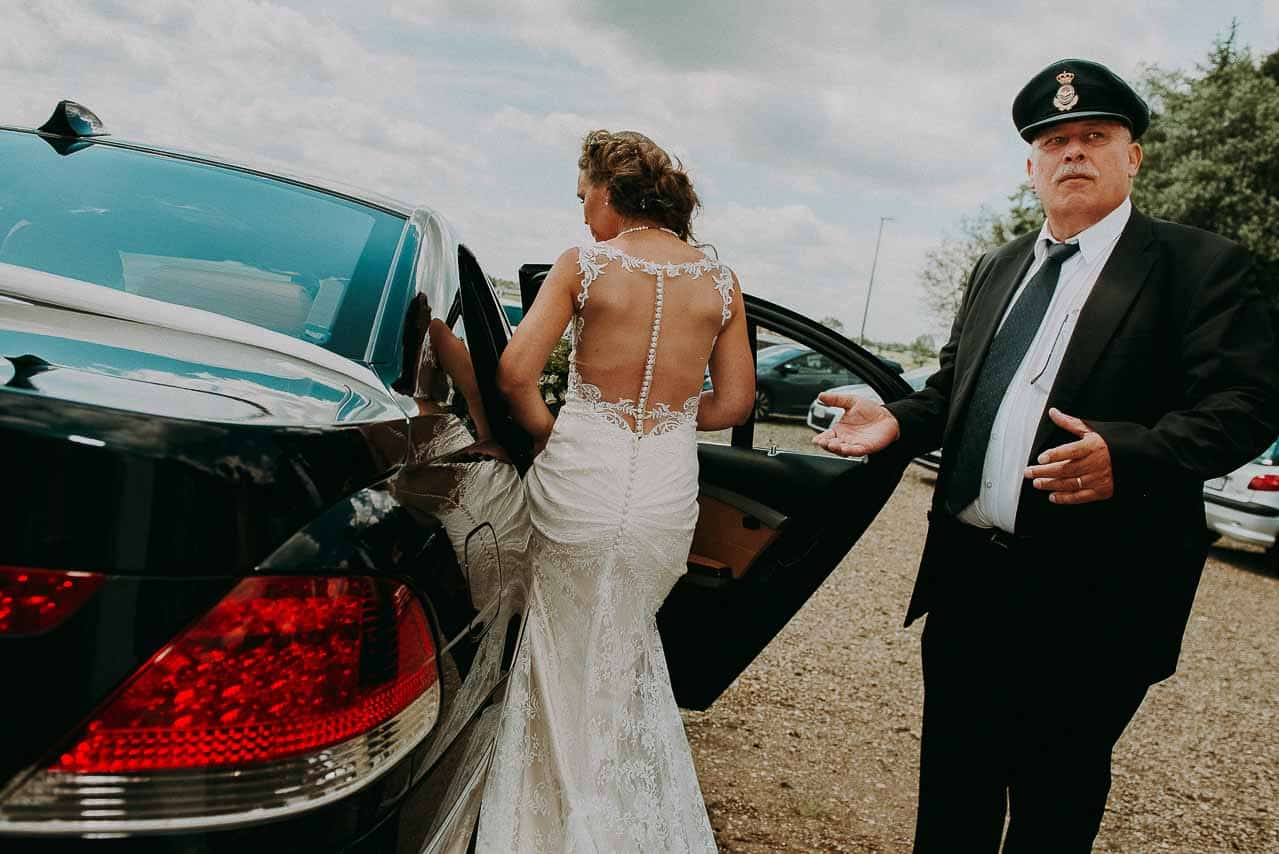 Skræddersyet brudekjole | Tilretning og reparation af ...